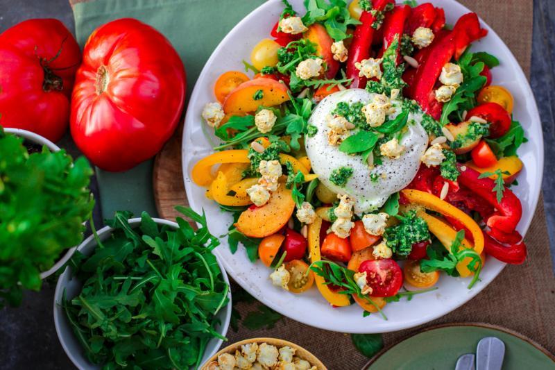 comer sano y barato ensalada de piñones